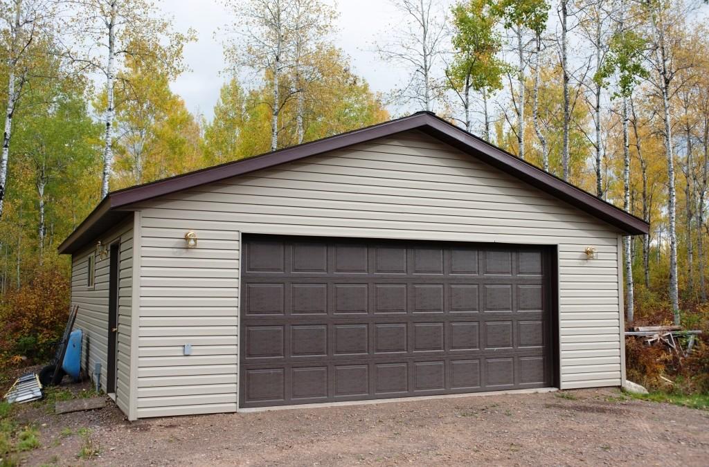 "2 Car Garage with ""LOMA"" Upgrade"